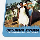 C&eacute;saria &Eacute;vora - Miss perfumado - petit pays